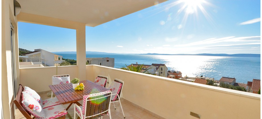 Island Čiovo, 4th row from the sea, apartment house, fantastic sea view