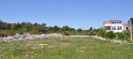 Trogir, building land in nice and quiet living neighborhood of Okrug Gornji