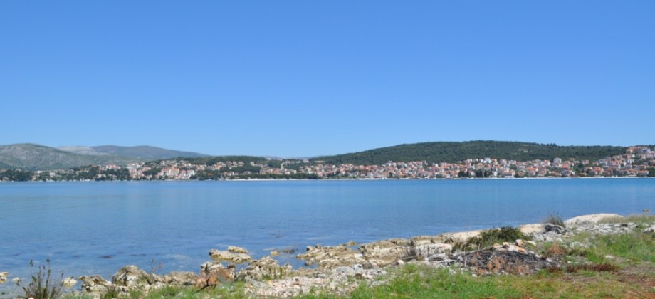 Trogir, beautiful seafront agricultural land on island Ciovo