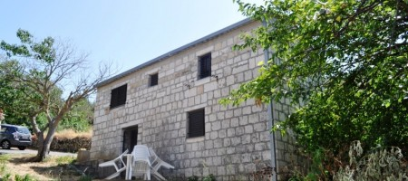 Island Ciovo, reduced price for this beautiful stone house!