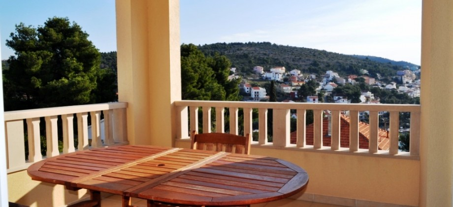 Beautiful apartment on the south side of island Ciovo