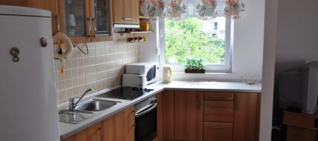 Okrug Gornji, nice 3 bedrooms apartment only 200m from the beach