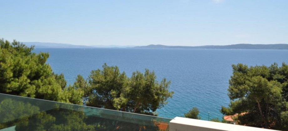 Exclusive offer! Luxury apartment for sale with panoramic sea view!