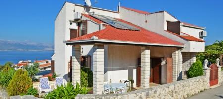 Trogir, Island family house with wonderful sea view!