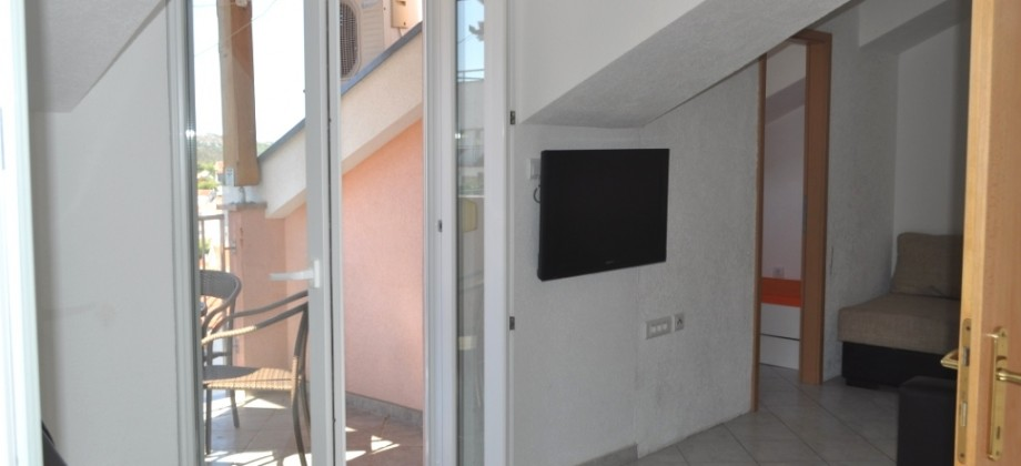 Two bedroom apartment for sale on Čiovo
