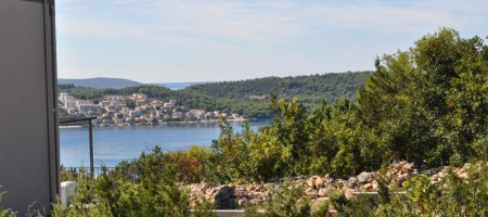 Trogir, building land plot of 408 sq.m.