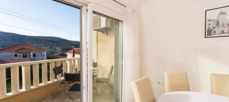 Marina, comfortable flat 100 m from the beach!