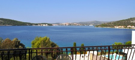 Rogoznica house for sale with marvellous sea view