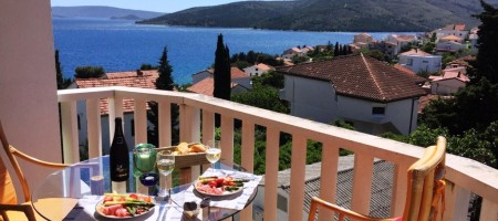 Seget Vranjica, apartment with open sea view