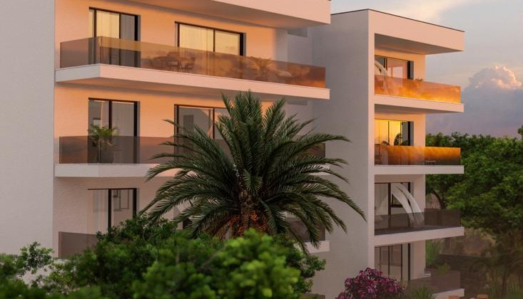 Luxury penthouse apartments with roof terrace and panoramic sea views!