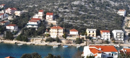 Rogoznica building land plot, in a quiet and charming bay 1500 sqm, 2nd row by the sea