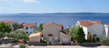 Apartments under construction, close to the sea, Okrug Gornji